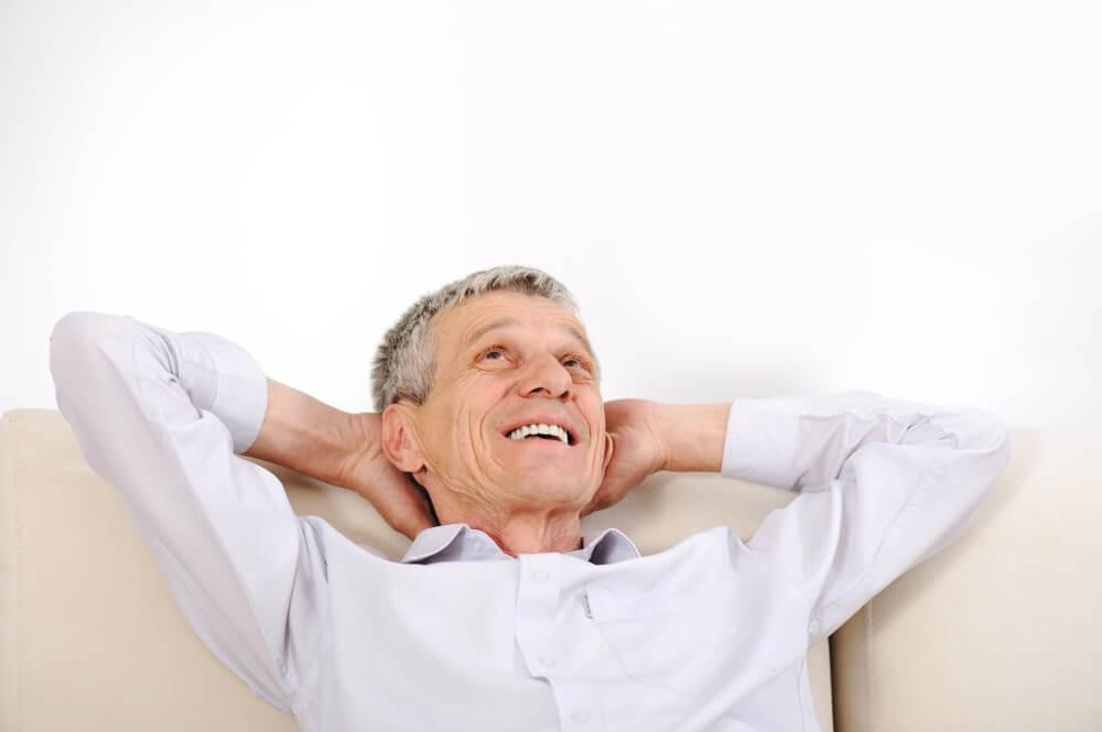 高雄植牙專家 舒眠植牙 微創植牙 高雄牙醫推薦 謝尚廷醫師